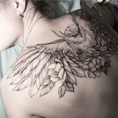Owls Tattoo Designs & Meaning- Eulen Tattoo Designs & Bedeutung Owls Tattoo Designs & Meaning Bird tattoos are among the most popular symbol tattoos that are now dyed in new 2018 tattoos. They are even brighter and more interesting, … Tattoo Designs - Large Tattoos, Trendy Tattoos, Cool Tattoos, Tatoos, Wing Tattoos, Feather Tattoos, Tattoo Son, Et Tattoo, Tattoo Bird