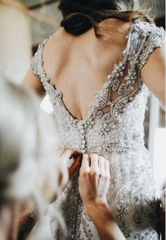 Wedding Styles Go All Out with Glamorous Head to Toe Embellishment - Anna Campbell Wedding Dress - Looking to add a little extra sparkle to your Big Day look? Check out these 15 incredibly beautiful ideas. Bridal Gowns, Wedding Gowns, Beaded Wedding Dresses, Diy Wedding Dress, Backless Wedding, Bridal Lace, Amazing Wedding Dress, Glamour, Designer Wedding Dresses