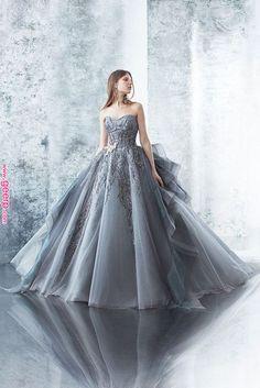 Shop Sexy Trending Dresses – Chic Me offers the best women's fashion Dresses deals Beautiful Prom Dresses, Pretty Dresses, Fairytale Gown, Fantasy Dress, Ball Gown Dresses, Quinceanera Dresses, Dream Dress, Look Fashion, Designer Dresses