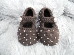 hand knitted beaded baby shoes