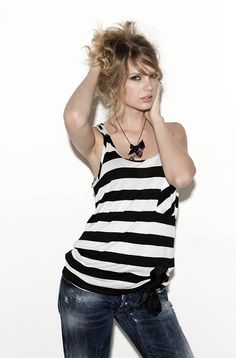 Taylor cover shoot by glamour magazine 2011 its my favo classic photo!