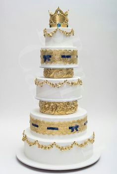 Ron Ben-Israel Cake reminds me of Purim with the crown on top