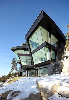 "The Cliff House project, referred to as ""The Lake House"" by its present owners, has been designed by San Francisco-based studio Mark Dziewulski Architect. The dramatically steep site, 150 feet above the edge of Lake Tahoe, overlooks sweeping panoramic views of the entire lake and mountains beyond on a half-acre lot in Incline Village, Crystal Bay, Nevada."