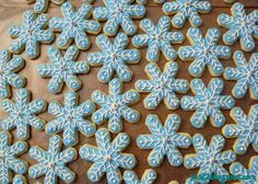 The Rest of Jacki's Cooking Adventures and Recipes: Holiday Baking Part 1 - Snowflake Sugar Cookies with Royal Icing