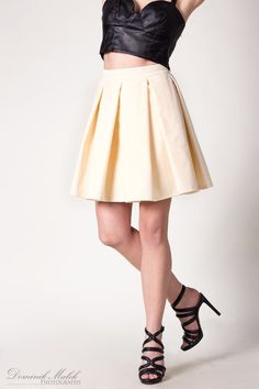 http://conceptshop.pl/offer/161371-spodnice-white-skirt-