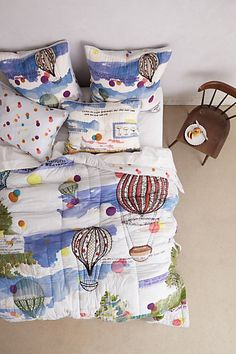 petherton quilt (pillows have super cute qoutes on them!)