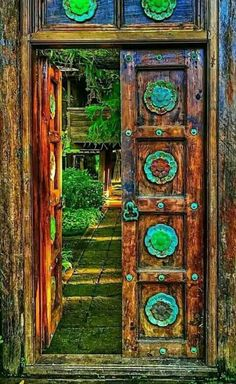 Portal Doorway Entrance Philippines Thailand Unusual Buildings Sculpture Porches Amazing Architecture & a Persian from Tabriy   Sarajevo in pictures   Opening Doors ...