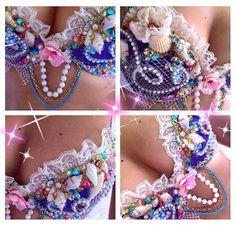 "Mermaid Princess "" Phiona "" whimsy Costume from lilkittyko on Etsy. Saved to Mermaid Parade . Mermaid Bra, Mermaid Princess, Rave Festival, Festival Fashion, Decorated Bras, Mermaid Parade, Diy Bra, Electric Daisy Carnival, Fantasias Halloween"