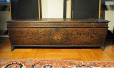 Extremely rare 15th century Italian painted casonne