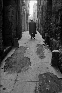 Ferdinando Scianna - Sicily, Palermo. 1970.