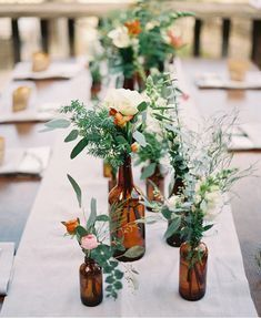 The Backyard Wedding: Budget backyard reception decorations http://www.thebackyardwedding.com/modernreception/