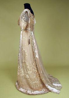 Paris Silver Brocade & Lace Tea Gown, c 1912 by Banphrionsa