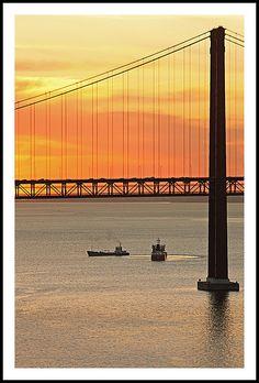 Rio acima, noite adentro...  Tejo  Lisboa   Portugal