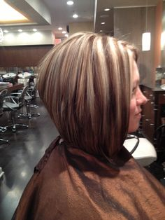 Stacked bob with high & lo lights