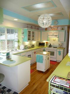 74 best retro vintage kitchens images decorating kitchen rh pinterest com
