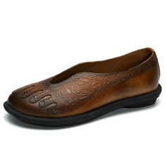 8fbfc4bf4 Socofy SOCOFY Embossing Genuine Leather Vintage Soft Flat Shoes is cheap  and comfortable. There are other cheap women flats and loafers online  Mobile.