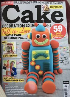 First tutorial from Marie's Bakehouse for Cake Decoration and Sugarcraft Magazine and we made the front cover! Arts And Crafts Furniture, Arts And Crafts Supplies, Pie Decoration, Floral Decorations, Cake Decorating Magazine, Craft App, Apple Hand Pies, Decadent Cakes, Cake Craft