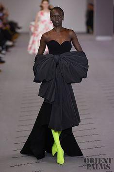 Balenciaga Fall-winter 2017-2018 - Ready-to-Wear