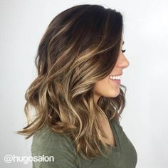 60 Balayage Hair Color Ideas with Blonde, Brown, Caramel and Red Highlights by Divonsir Borges