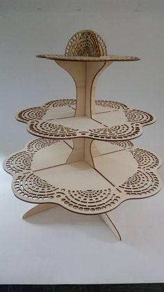 #cupcake #cupcakestand #wood #lace