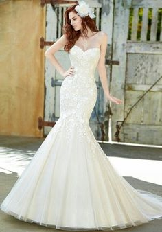 Absolutely perfect!  Love this8 romantic mermaid vintage lace wedding gown with a sweetheart neckline! :: lace mermaid gown:: vintage wedding dress