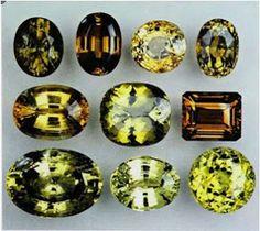 Keunikan Batu Alexandrite Keunikan Batu Alexandrite Keunikan Batu Alexandrite Batu alexandrite adalah batu yang terbilang langka untuk saat ini. Sedangkan