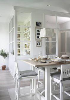 Cucina in stile in stile Rustico di DEULONDER arquitectura domestica