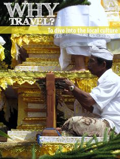 THIS IS WHY I TRAVEL More reasons can be found at http://www.bestjobaroundtheworld.com/submissions/view/151 Would love your vote to become #ChiefWorldExplorer with @Jauntaroo to share more about culture and tradition. #bestjob #Jauntaroo #JATW #Indonesia #funeralceremony #travel