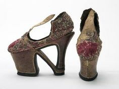 FCBTC / zapatos CHOPINES antiguos