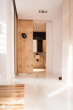 Hol / Przedpokój styl Skandynawski - zdjęcie od KONZEPT Architekci - Hol / Przedpokój - Styl Skandynawski - KONZEPT Architekci Bathroom Lighting, Bathtub, Mirror, App, Furniture, Home Decor, Concept, Bathroom Light Fittings, Standing Bath