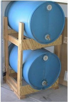 water-barrel-rack: page also includes other water storage tidbits.  Very useful ideas :D