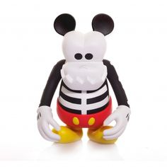 KITH's first-ever collaboration with Disney celebrates the birthday of Mickey Mouse. Disney Icons, Disney Characters, Sky Shop, Vinyl Toys, Bounty Hunter, Designer Toys, Cool Toys, Awesome Toys, Toys For Boys