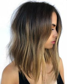 New Finest Medium Balayage Hairstyles 2020 to Make You Look More Gorgeous Balayage Hair Brunette Caramel, Balayage Hair Blonde Medium, Blonde Lob, Caramel Blonde, Blonde Highlights, Medium Hair Styles, Short Hair Styles, Pulp Riot Hair Color, Wedding Hair Colors