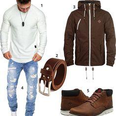 Cooles Männer-Outfit mit weißem Amaci&Sons Longsleeve, Ledergürtel, brauner Solid Übergangsjacke, Timberland Boots und destroyed Merish Jeans.