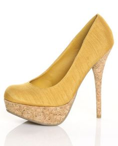 to be able to walk in and afford beautiful heels like this <3