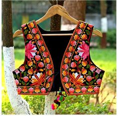 Ethnic Jackets & Shrugs Gorgeous Cotton Kutchi Work Ethnic Jacket  *Fabric* Cotton  *Sleeves* Sleeves Are Not Included  *Size* S- 36 in, M- 38 in, L- 40 in  *Length* Up To 22 in  *Type* Stitched  *Description* It Has 1 Piece Of Women's Ethnic Jacket  *Work* Kutchi Work  *Sizes Available* S, M, L *   Catalog Rating: ★4.1 (686)  Catalog Name: Hrishita Gorgeous Cotton Kutchi Work Ethnic Jackets Vol 6 CatalogID_129052 C74-SC1008 Code: 483-1057858-