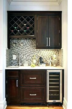 incredible basement bar design for more attractive home 4 Mini Bar, Bars For Home, Kitchen, Wet Bar Basement, Bar Design, Kitchen Remodel, Basement Kitchenette, Home Decor, Basement Kitchen
