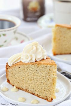 White Chocolate Coffee Cake ~ Delicious soft and tender cake with melted white chocolate in every bite, this white chocolate coffee cake is the perfect accompaniment to coffee, tea or as an afternoon snack. | A Treats Affair