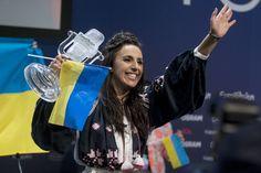 İsveç'te yapılan Eurovision 2016 şarkı yarışmasında;Ukrayna'yı temsil eden Kırım Türkü ''Jamala'' (Cemile) 1. oldu.