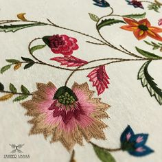 Zooming in to antique gold details ! Hand Work Embroidery, Embroidery Motifs, Embroidery Suits, Silk Ribbon Embroidery, Hand Embroidery Designs, Beaded Embroidery, Machine Embroidery, Couture Embroidery, Embroidery Fashion
