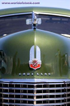 Cadillac Grill, Emblem and Hood Ornament