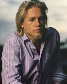 New/Old picture of Charlie Hunnam . .