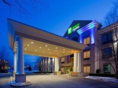 Hagerstown (MD) Holiday Inn Express Hotel & Suites Hagerstown United States, North America The 2-star Holiday Inn Express Hotel & Suites Hagerstown offers comfort and convenience whether you're on business or holiday in Hagerstown (MD). Offering a variety of facilities and services, the hotel provides all you need for a good night's sleep. Take advantage of the hotel's free Wi-Fi in all rooms, 24-hour front desk, facilities for disabled guests, express check-in/check-out, lugg...