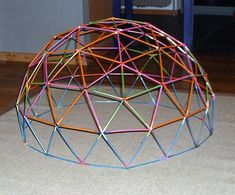 building a geodesic dome with straws and pipe cleaners. Stem Projects, Science Projects, Activities For Kids, Crafts For Kids, Arts And Crafts, Stem Activities, Cultura Maker, Straw Sculpture, Model Magic