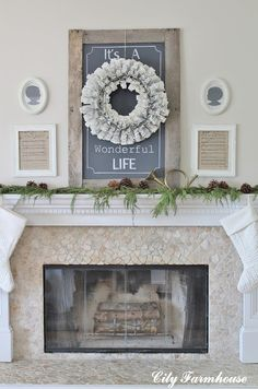 In love with this wreath & sign