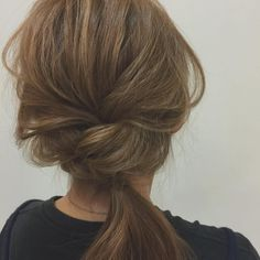 Simple easy hairstyles for school Hat Hairstyles, Pretty Hairstyles, Easy Hairstyles For School, Hair Arrange, Love Hair, Hair Dos, Hair Designs, Hair Inspiration, Short Hair Styles