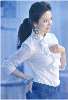Korean Actresses, Korean Actors, Korean Dramas, Korean Beauty, Asian Beauty, Song Hye Kyo Style, Songsong Couple, Korean Celebrities, Beauty Queens