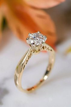 How Are Vintage Diamond Engagement Rings Not The Same As Modern Rings? If you're deciding from a vintage or modern diamond engagement ring, there's a great deal to consider. Wedding Rings Simple, Beautiful Wedding Rings, Wedding Rings Vintage, Vintage Engagement Rings, Diamond Engagement Rings, Wedding Jewelry, Halo Engagement, Solitaire Diamond, Solitaire Rings