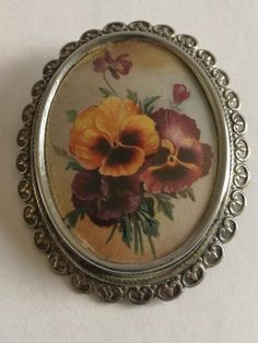 "Vintage Thomas Le Mott Brooch - Pansy - ""TLM made in England"" Brooch Dimensions +/- . 50 x 40 (mm) : x (inch) Brooch Weight +/- . 12 g : ounces Pansies, 1930s, Decorative Plates, England, Brooch, Jewellery, How To Make, Crafts, Vintage"
