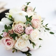 Mortara (PV) : Bouquet e addobbi floreali - Fiori Bertola